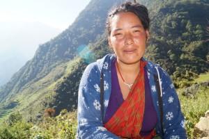 Hira Maya Tamang, Min Badhurs kone.