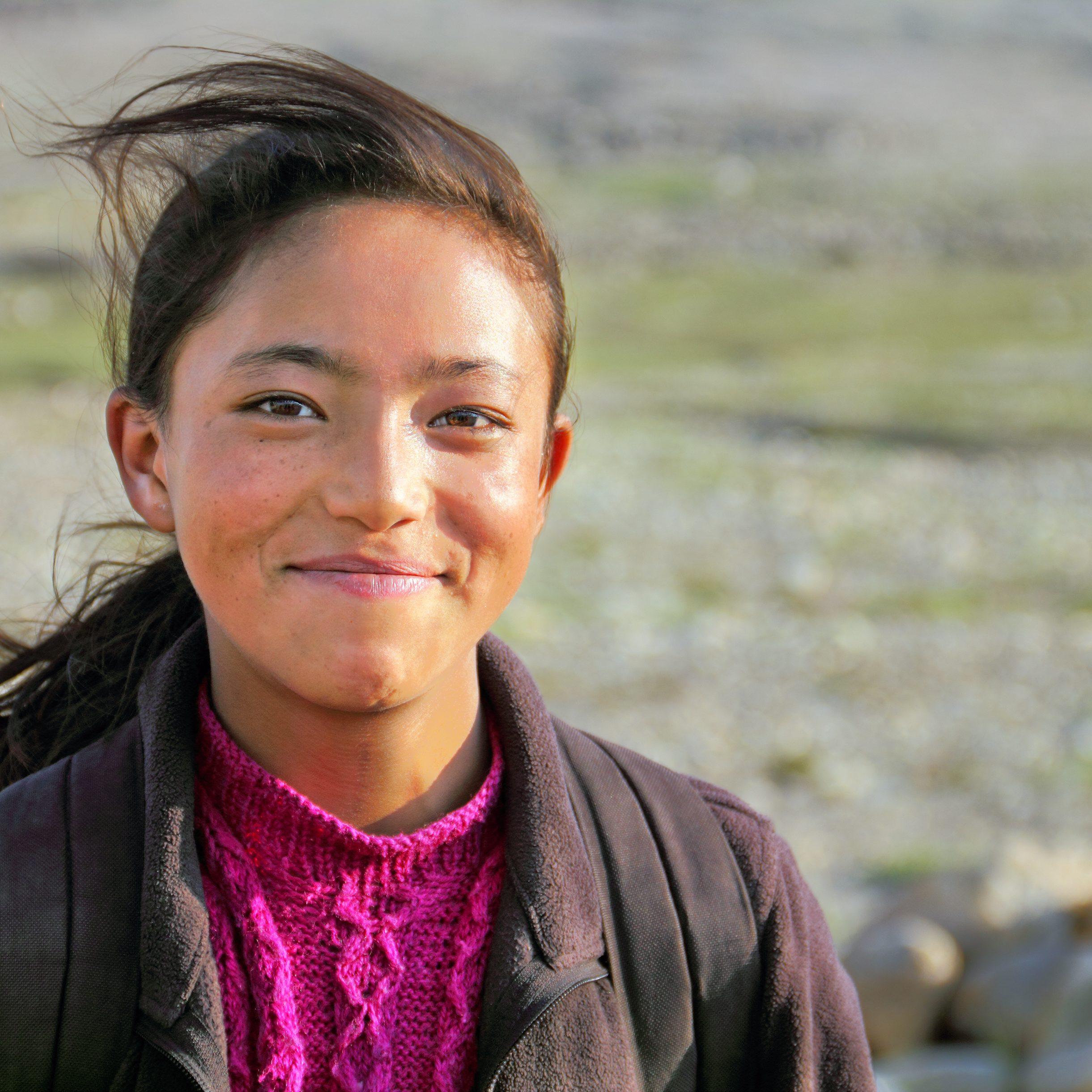 shutterstock_260394641_tibetansk_jente